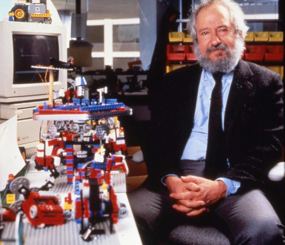 Papert with an Apple IIGS and the first Lego Mindstorms